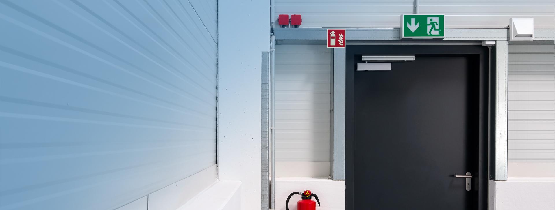 Pruefung von Brandschutztueren und Brandschutztoren